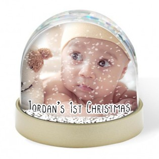 Snow Globe - Babies 1st Christmas Photo